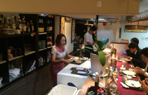 タイ料理レストラン アロイヤタイ 求人画像